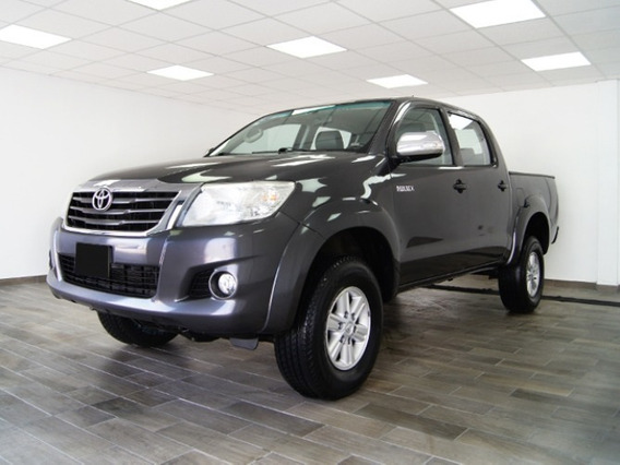 Toyota Hilux Doble Cabina 2015 Gris