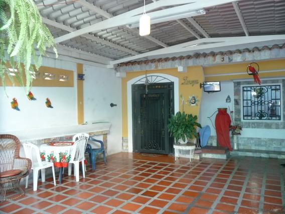 0414-0496210 Vende Casa Turmero Villeguitas Cod 20-9592 Mc