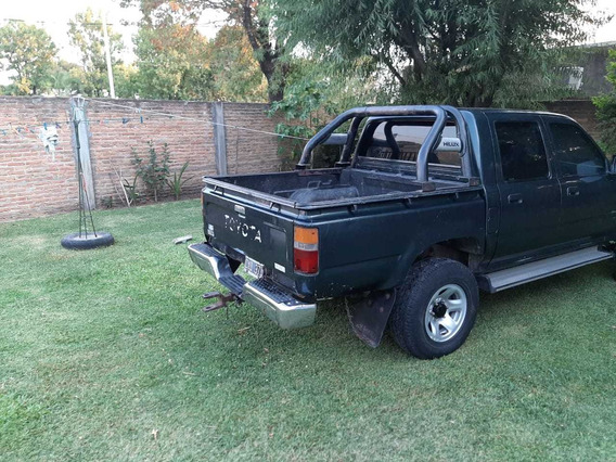 Toyota Hilux Dlx 2.8