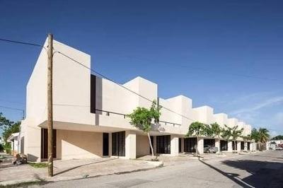264-803 Moderno Townhouse En Renta En Montecristo, Mérida Yu