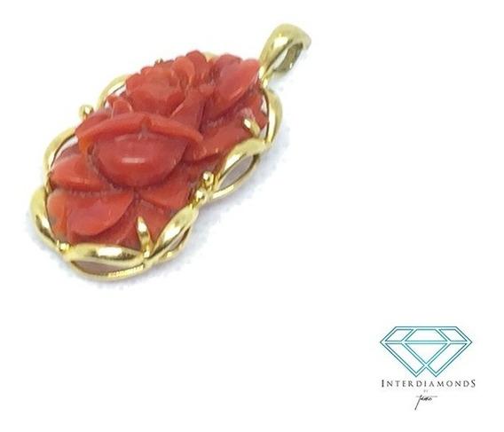 Dije En Oro Amarillo Con Coral Rojo En Forma De Rosa