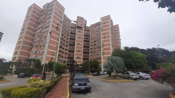 Apartamento En Venta Barquisimeto Este 19-19230 Rahco