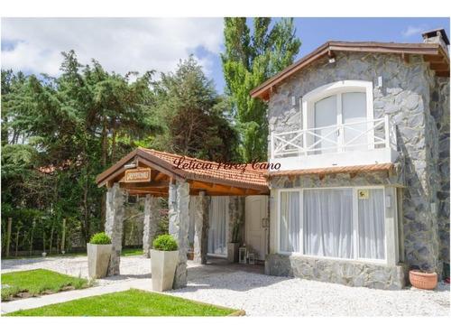 Alquiler Casa En Rincon Del Indio 3 1/2 Dormitorios Mas Dependencia - Ref: 15369