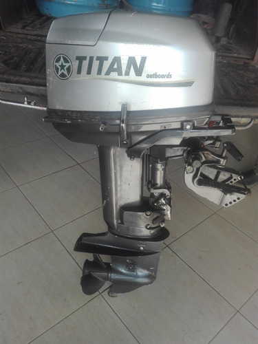 Motor Fuera De Borda Titan 28 Hp Impecable