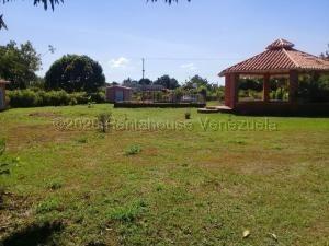 Casa En Venta Safari Carabobo Country Cod 20-24939 Ar