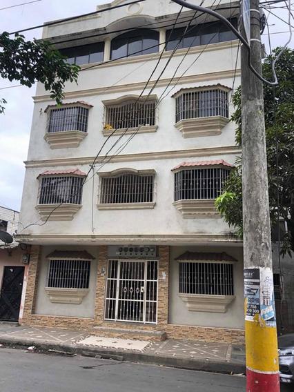 Edificio Precioso Bastión Popular Bloque 3