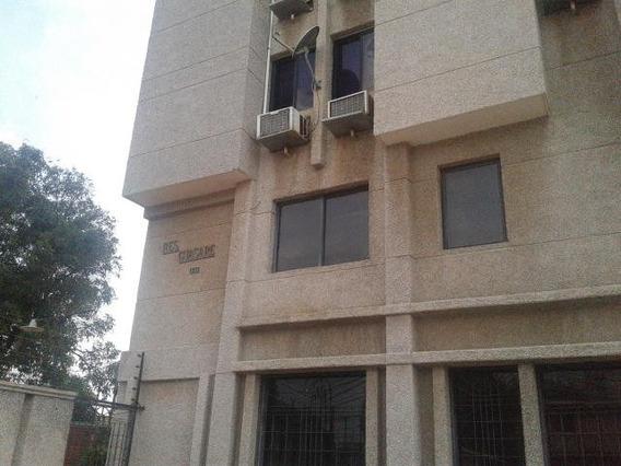 Oficinas/edificio Comercial En Venta. Veritas. Mls 20-1974.