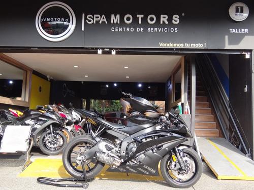 Yamaha R6r Negra