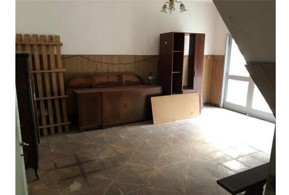 Casa En Venta Barrio Arroyito 2 Dormitorios
