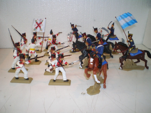 Imagen 1 de 4 de Set De  Soldados  Granaderos Y Realistas