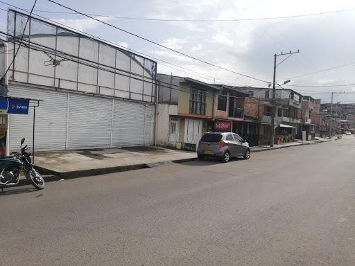 Locales En Venta Retiro Alto Y Bajo 815-779
