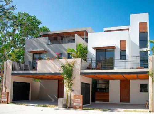 Hermosa Casa Excelente Tamaño En Zona Sur De Playa Del Carmen P3146