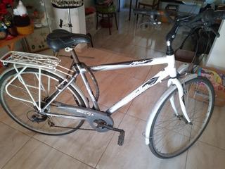 Bicicleta De Adulto En Muy Buen Estado. Cambio Shimano.