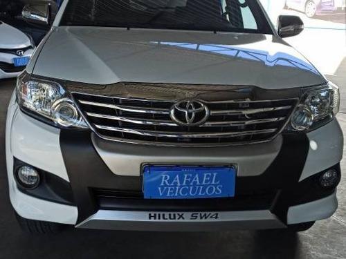 Imagem 1 de 15 de Toyota Hilux Sw4 2.7 Sr 4x2 16v Flex 4p Automático