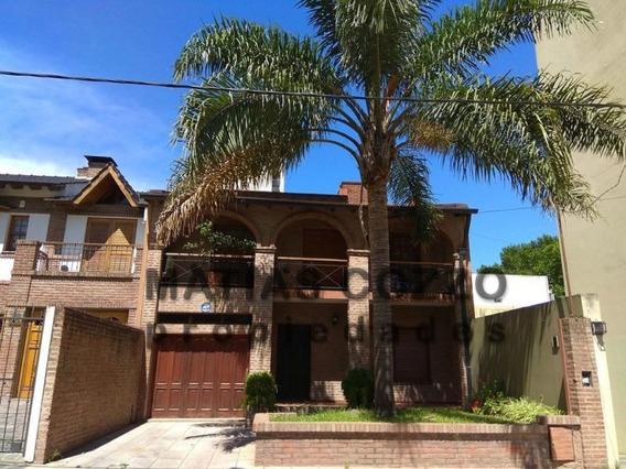 3 Dormitorios / Cochera / Fondo Libre / Quincho