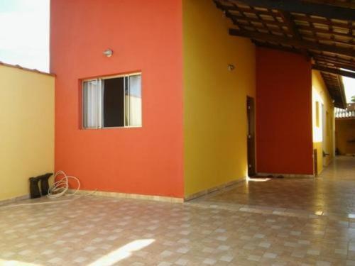Casa Em Ótimo Local No Jardim América - Itanhaém 3052   Npc