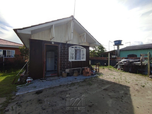 Imagem 1 de 9 de Residencia Com Amplo Terreno Em Pontal Do Sul. - 4363ip-1