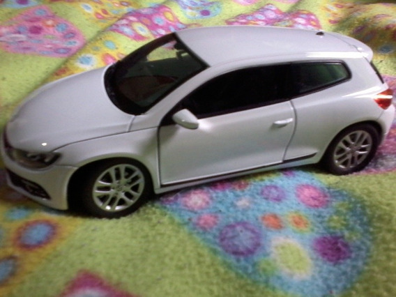 Volkswagen Scirocco 1/24 Welly