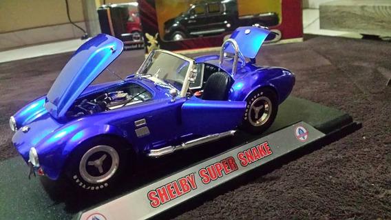 Réplica Em Miniatura Shelby Cobra 427 Escala 1/18