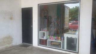 Vitrine Para Loja - Vidros + Porta