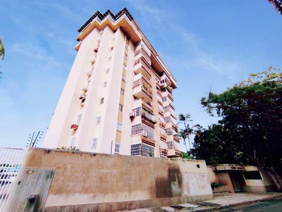 Apartamento En Venta Urb. Barrio Sucre 20-2689hcc