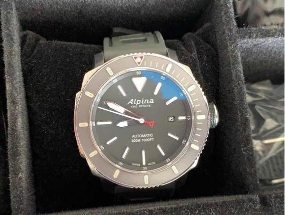 Relógio Alpina Seastrong Diver 300m