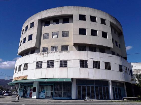 Alquiler Oficina Edificio Biarritz