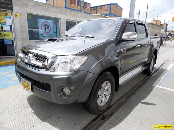 Toyota Hilux Doble Cabina Vigo 4x4 Srv