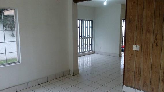 Casa En Renta Saltillo, Colonia Mitras Centro
