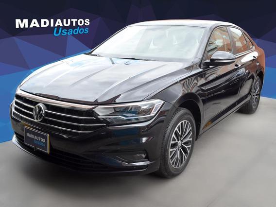Volkswagen Nuevo Jetta Confortline 1.4 T Aut. 2019