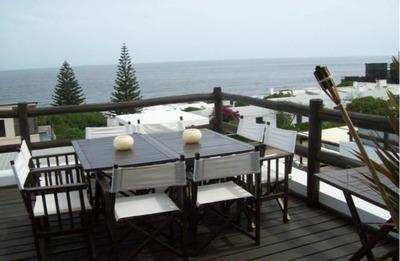 3 Dormitorios Con Dep. Triplex . Frente Al Mar. Vista Unica