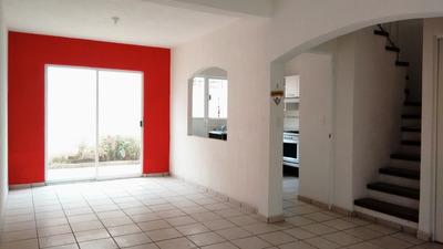 Rento Casa Amplia Y Bien Ubicada En Toluca