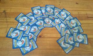Cartas De Pokémon Aleatórias. Chance De Vir Ex