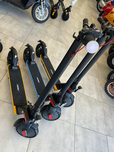 Monopatin Schoom Electric Scooter U2