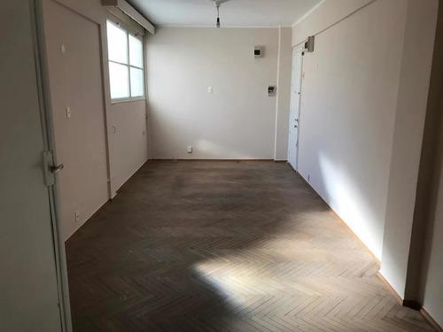 Imagen 1 de 13 de Alquilo Apartamento 3 Dormitorios Centro  $ 25000