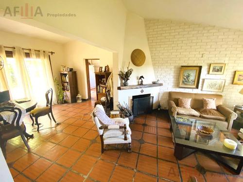Venta Casa 3 Dormitorios Parrillero Fondo- San José De Carrasco
