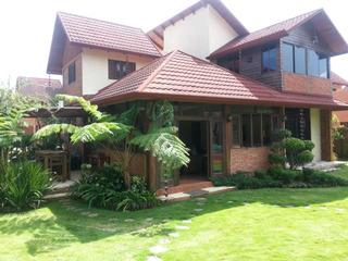 Villa En Jarabacoa 4h, 550 M2 De Solar, 250m2 De Construcció
