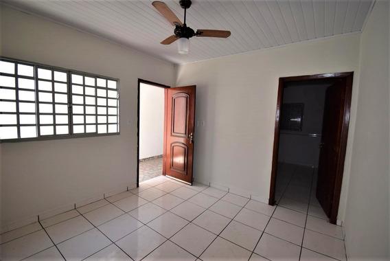 Casa Conservada Com 100m² - 10731