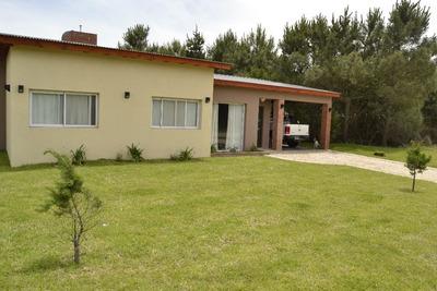 Casa En Costa Esmeralda - Pinamar - Residencial 2 Lote 80