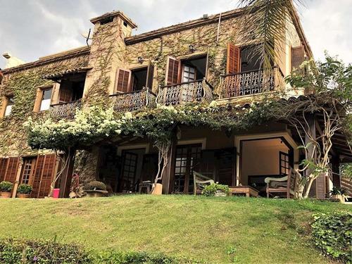 Imagem 1 de 27 de Fazendinha (rua Fechada) - Rustica, Vista E Casa Hospedes! - 1068