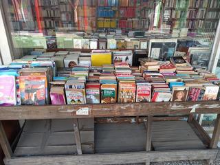 Lote 30 Libros A Elección Cuentos Novelas Historia Filosofía
