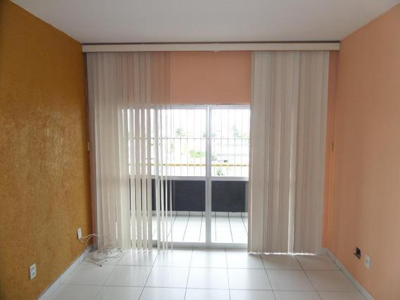 Apartamento Em Benfica, Fortaleza/ce De 100m² 3 Quartos Para Locação R$ 900,00/mes - Ap326087