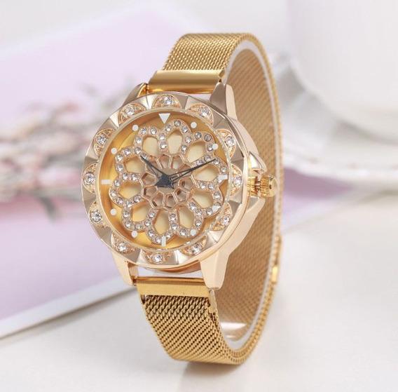 Relógio Giratório Feminino De Pulseira Magnética Dourado