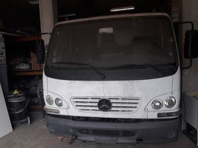 Caminhão Accelo 715