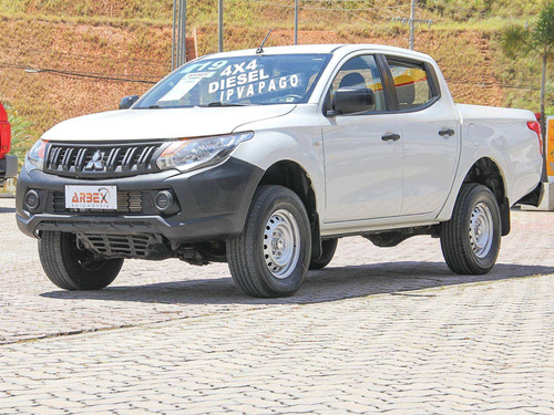 Mitsubishi L200 Triton 2.4 16v Turbo Diesel Sport Gl Cd 4p