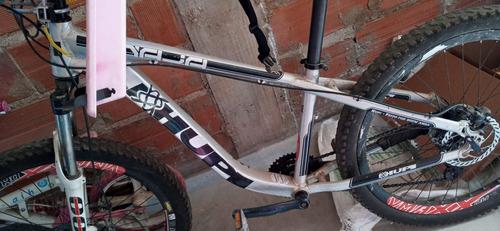 Imagem 1 de 1 de Bicicleta So  Quadro