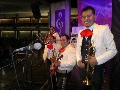 Mariachi Los Dorados / Serenatas/gran Rifa Para 14 De Feb