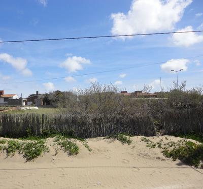 Lote Frente Al Mar 600m.