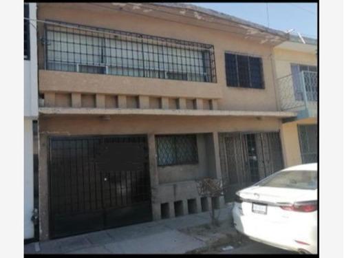 Imagen 1 de 8 de Casa Sola En Venta El Tajito