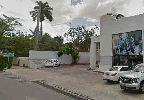 Edificio Comercial - Prolongación Montejo